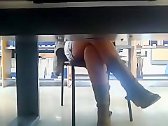 2-Voyeur under table, nice legs(no upskirt)